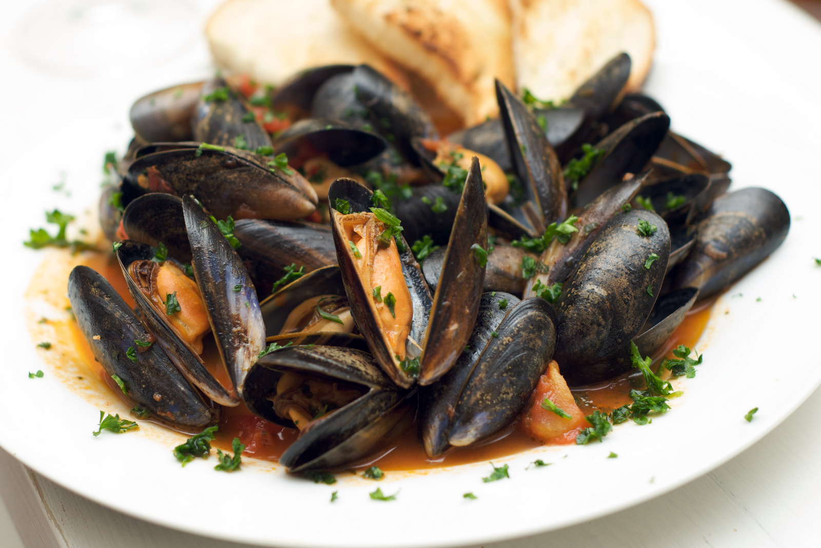 Moules Marinieres (Steamed Mussels with garlic) | Food NI ...